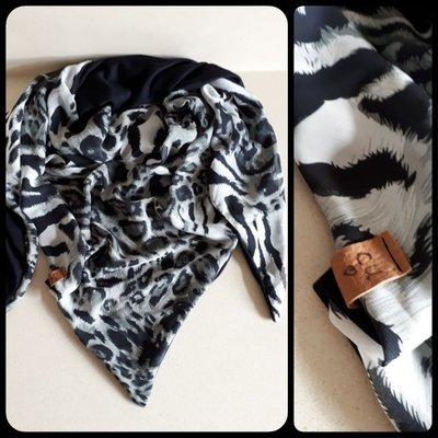 Sjaal zebra driehoek