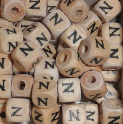Houten letterkraal N